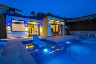 Villa Bal Duo, Honeymoon Villa with Indoor Pool in Kalkan Lapaz.