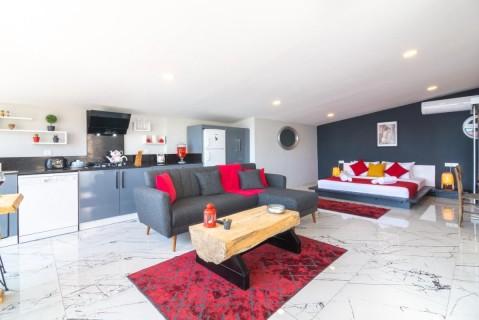 Yiğit Apartments