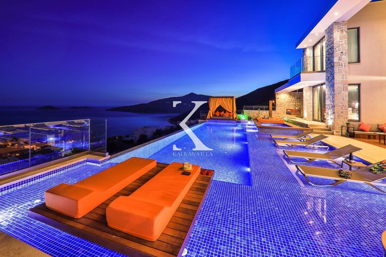 Villa Shine