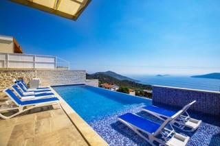 Villa Retro, Villa zu vermieten mit Innenpool | Kalkan Villa