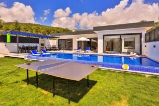 Villa Garden, Villa zu vermieten mit Heizpool | Kalkan Villa