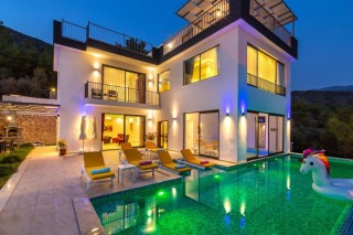 Villa Patron, 3 yatak odalı muhafazakar villa | Kalkan Villa