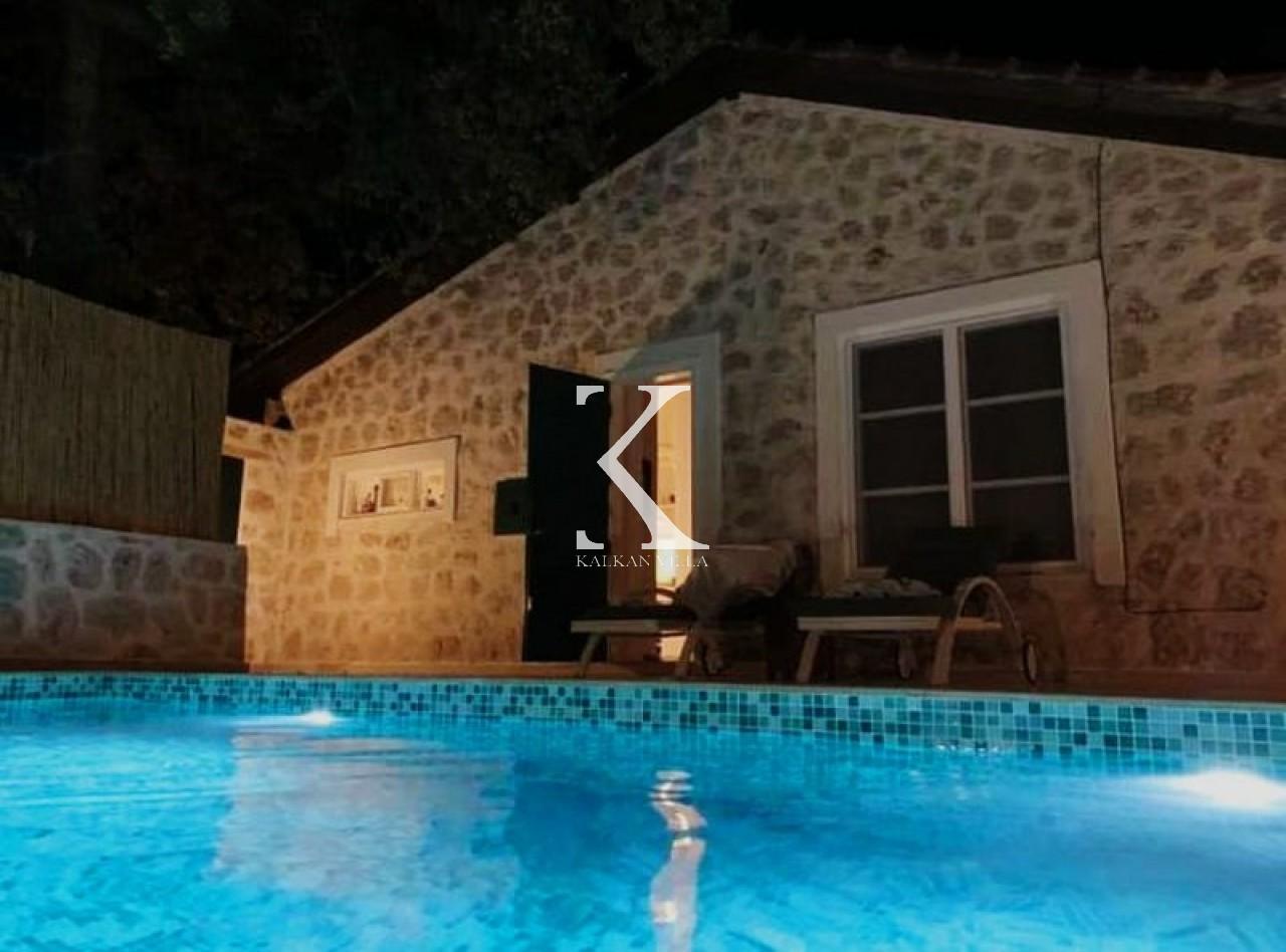 Villa Üzümlü