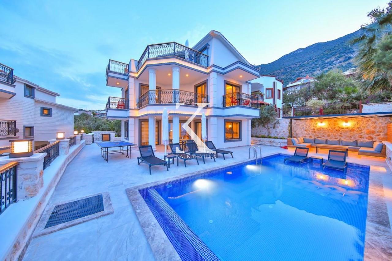 Villa Cara