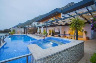 Villa Tiger, Luxusvilla zu vermieten mit Meerblick. | Kalkan Vill