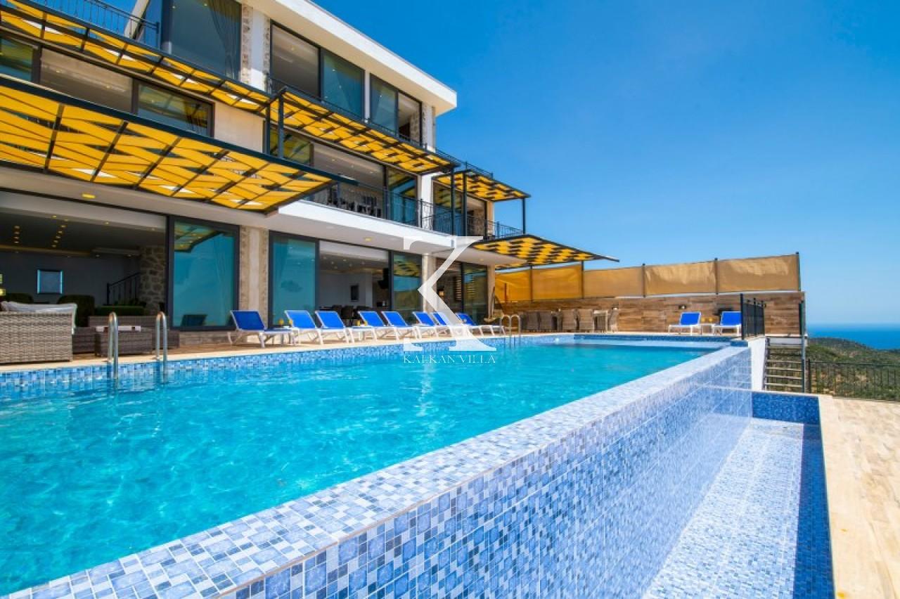 Villa Mona Roza