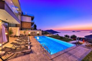 Villa Ayala, Luxusvilla zu vermieten mit Meerblick | Kalkan Villa