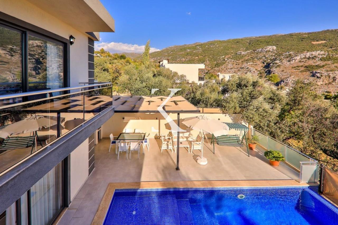 Villa Ayperi