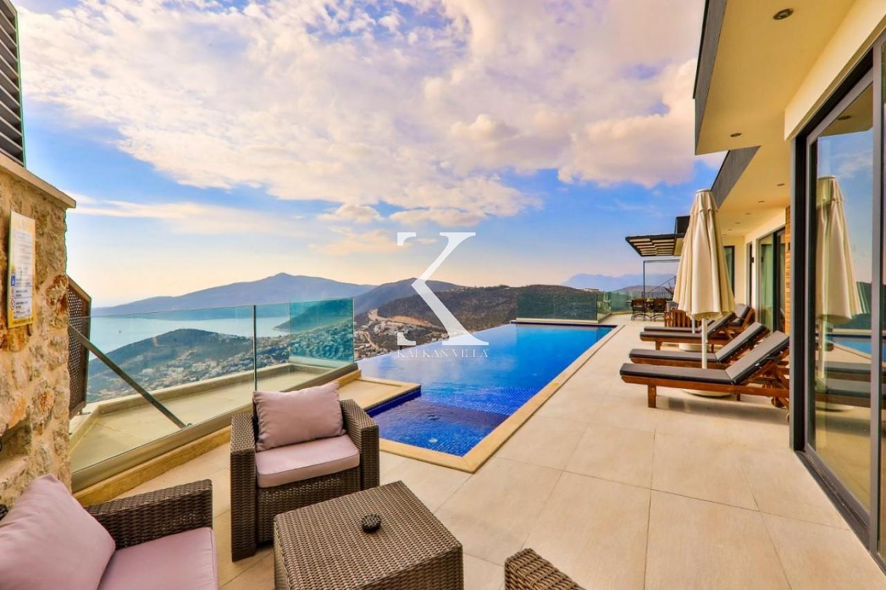 Villa May
