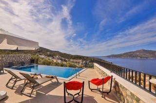 Villa Nazlı, Villa zu vermieten mit Doppelpool in Kalkan