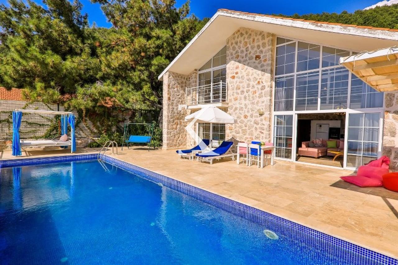 Villa Hera 2