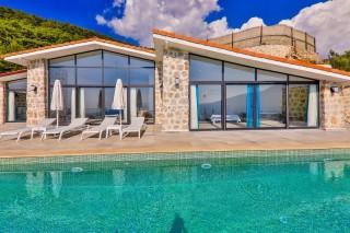 Villa Hera 5, doga, deniz manzaralı, korunaklı | Kalkan Villa
