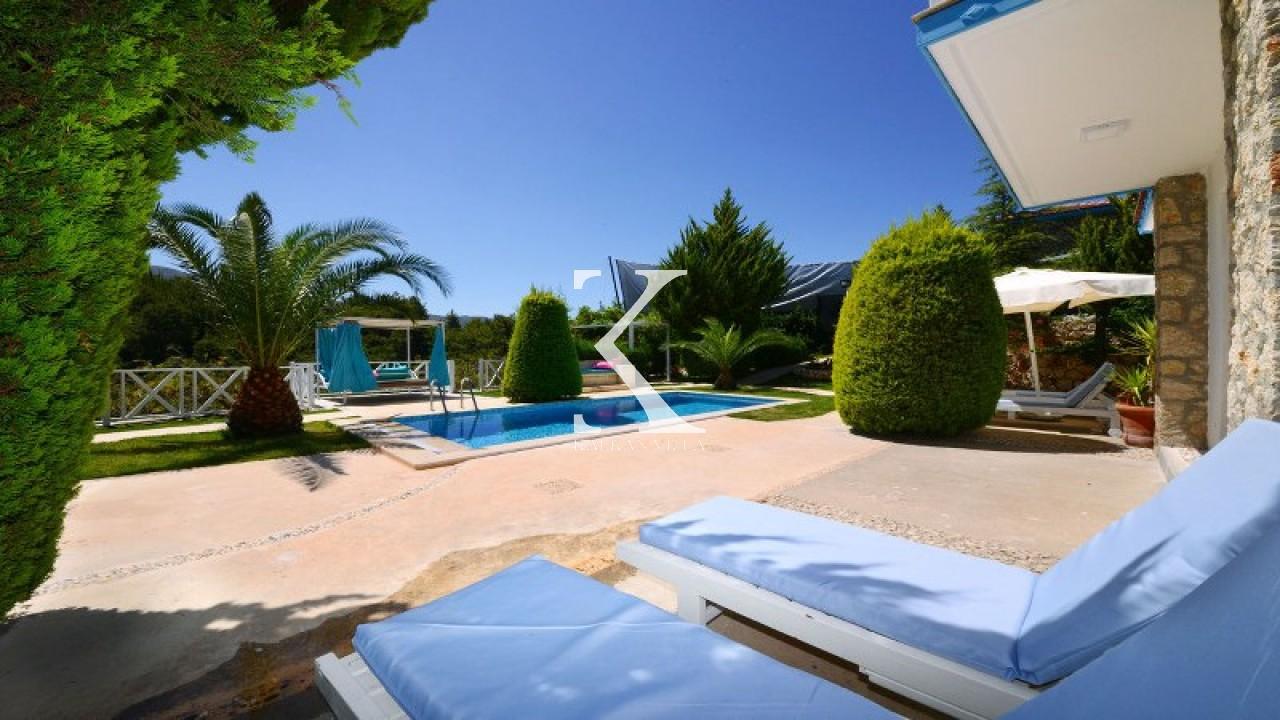 Villa Meşe
