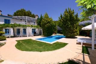 Villa Sedir sheltered villa in harmony with nature