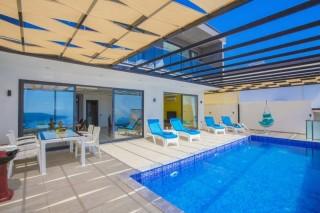 Villa Beylice, Havuz Terası Korunaklı Villa   Kalkan Villa