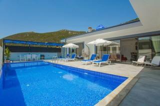 Villa Sanem is a conservative villa with its magnificent nature