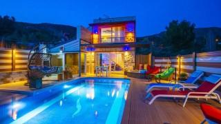 Villa Mert, Kapalı Havuzlu Balayı Villası | Kalkan Villa