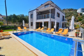 Villa Esen, 12 Personen, in der Nähe des Meeres, Ferienvilla | Ka