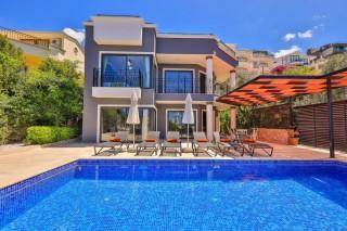 Villa Çelik, Deniz Manzaralı Kiralık Villa | Kalkan Villa