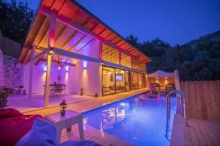 Villa Em-Cey, İslamlar Mevkii'nde 2 Kişilik Villa. Kalkan Villa