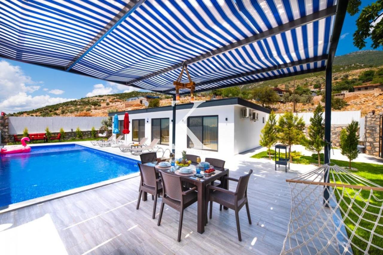 Villa Holly