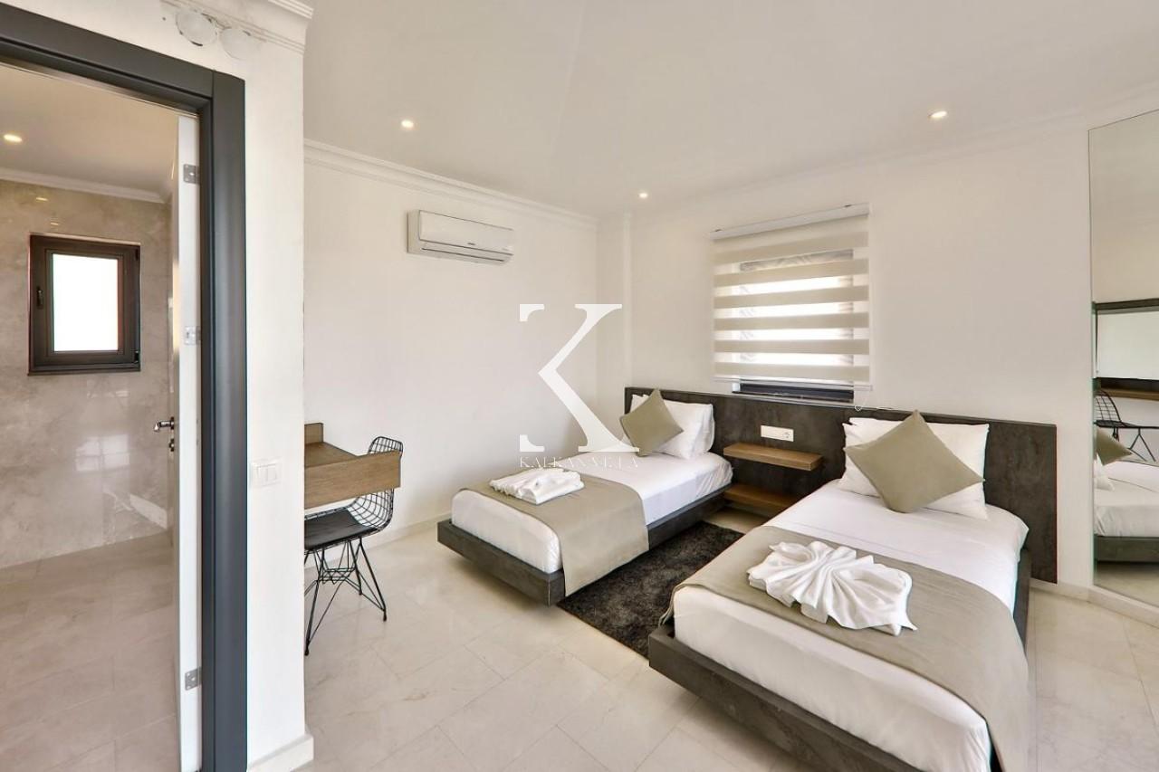 Villa Premium