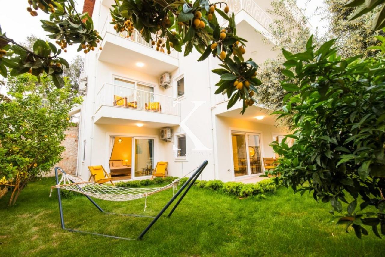 Garden-Court Apartments