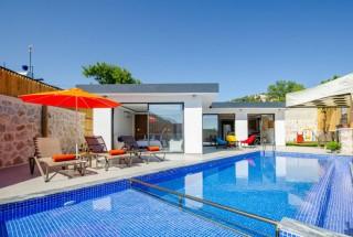 Villa Naz Sarıbelen Duo, Honeymoon, Jacuzzi, Shelter | Kalkan Vil