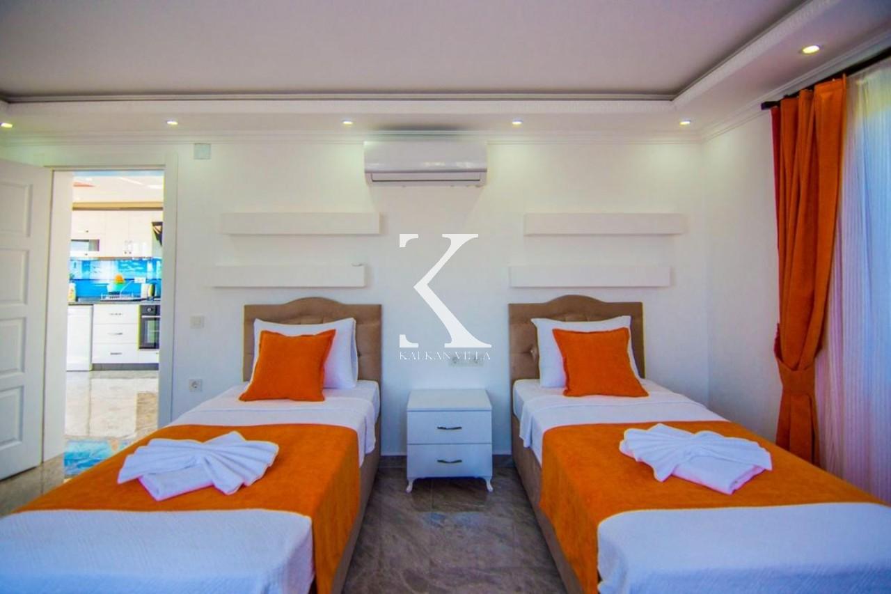 Villa Kadr