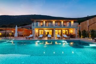 Villa Lagore, Özel Plajlı Lüks Villa | Kalkan Villa