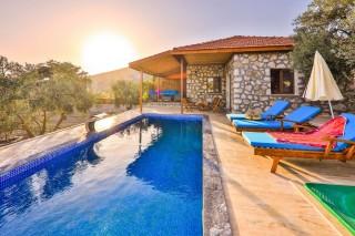 Villa Adonis Duo, Denize Sıfır,Deniz Manzaralı | Kalkan Villa