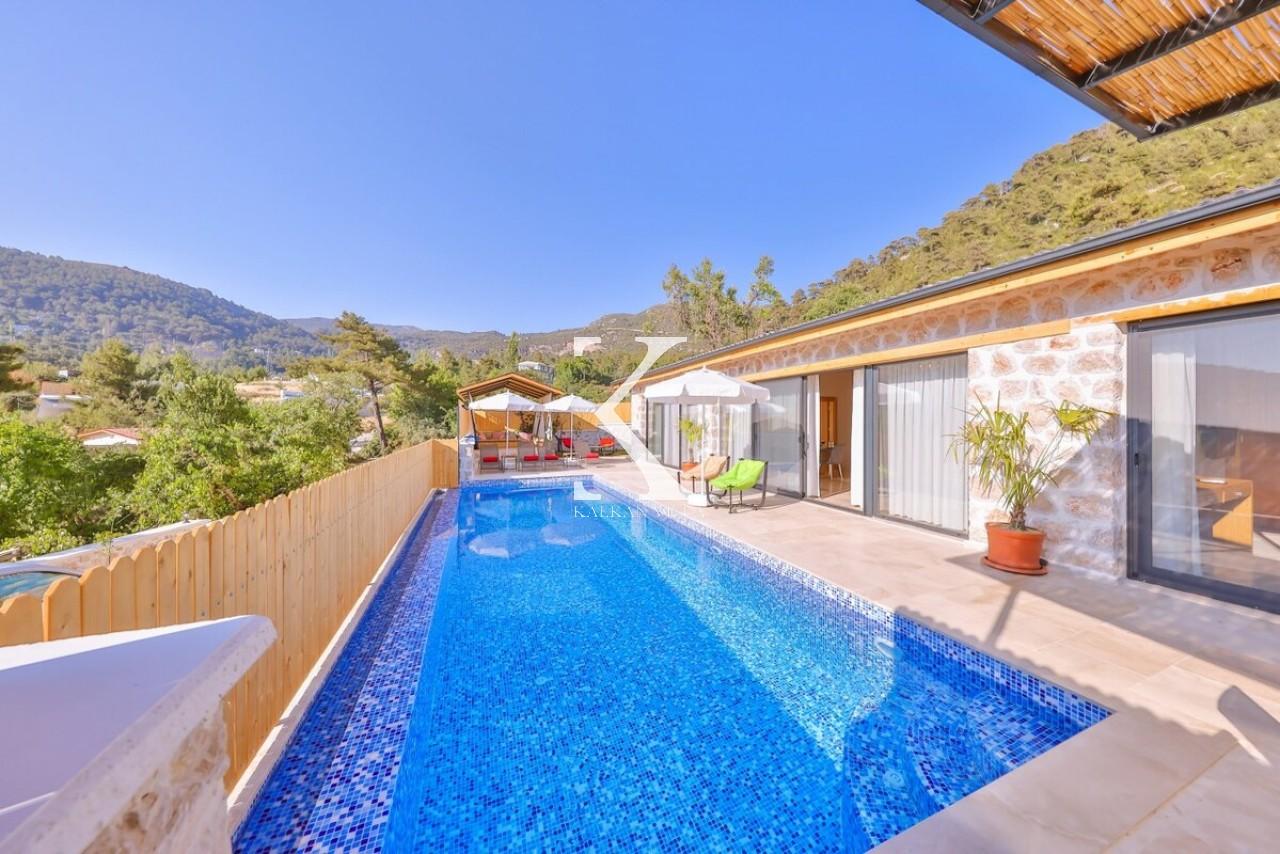 Villa Stone Aqua