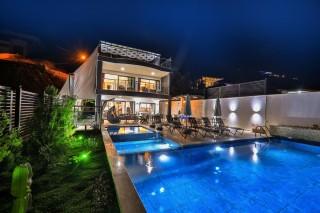 Villa Arı, Sea View Villa for 13 Persons | Kalkan Villa