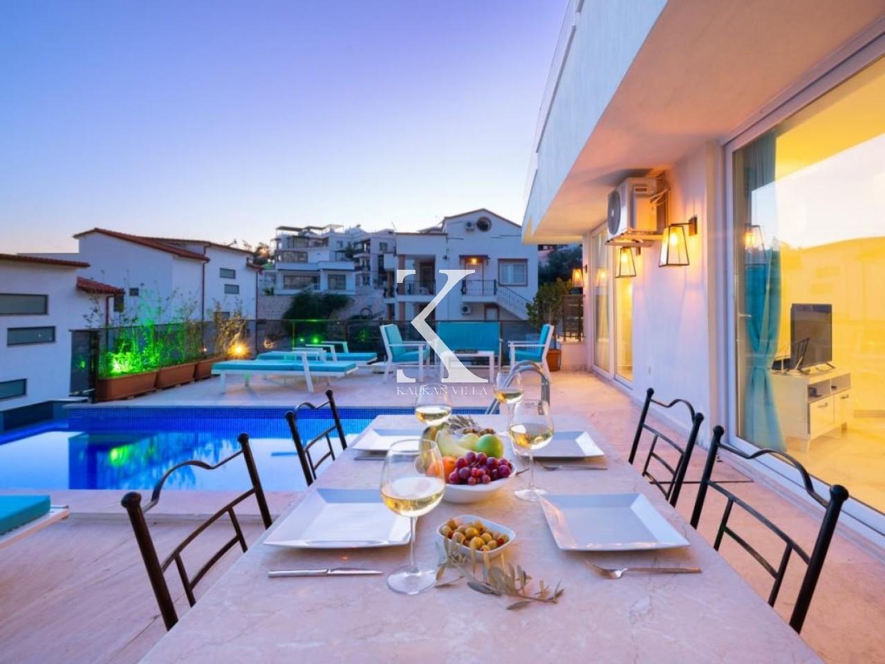 Anita Luxury Apartments