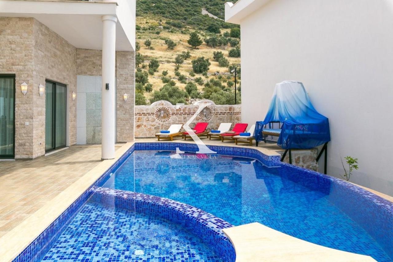 Villa Larissa