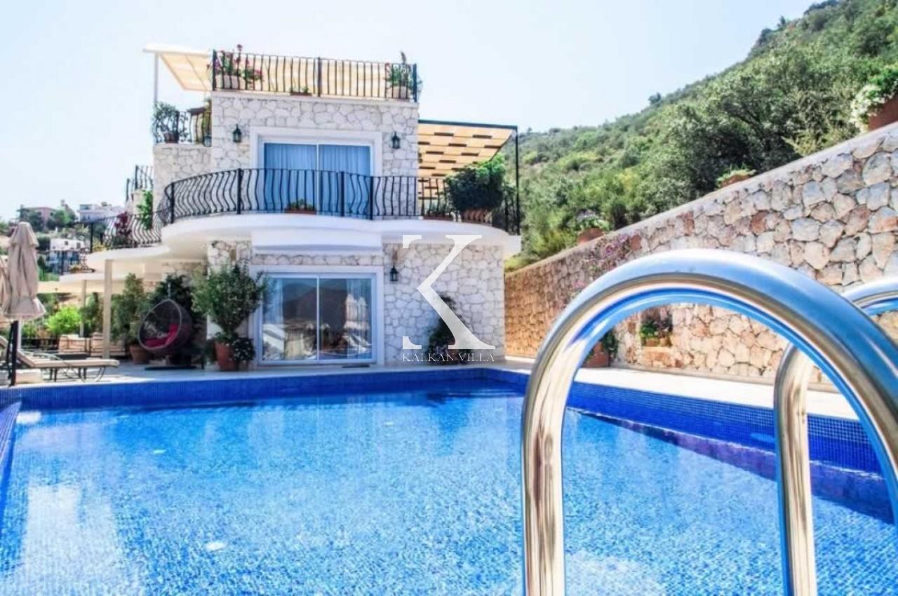 Villa Mavna