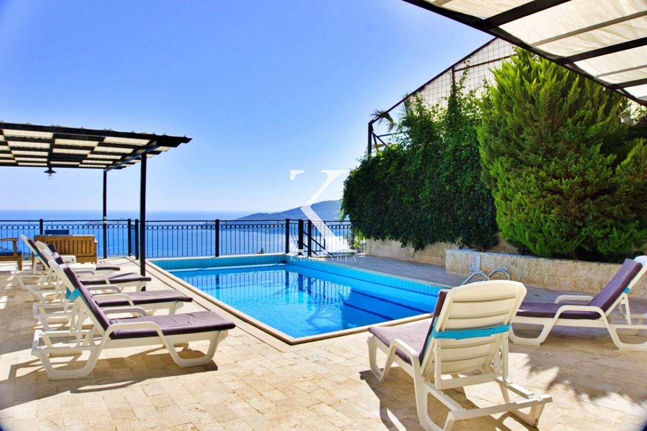 Villa Mia 2