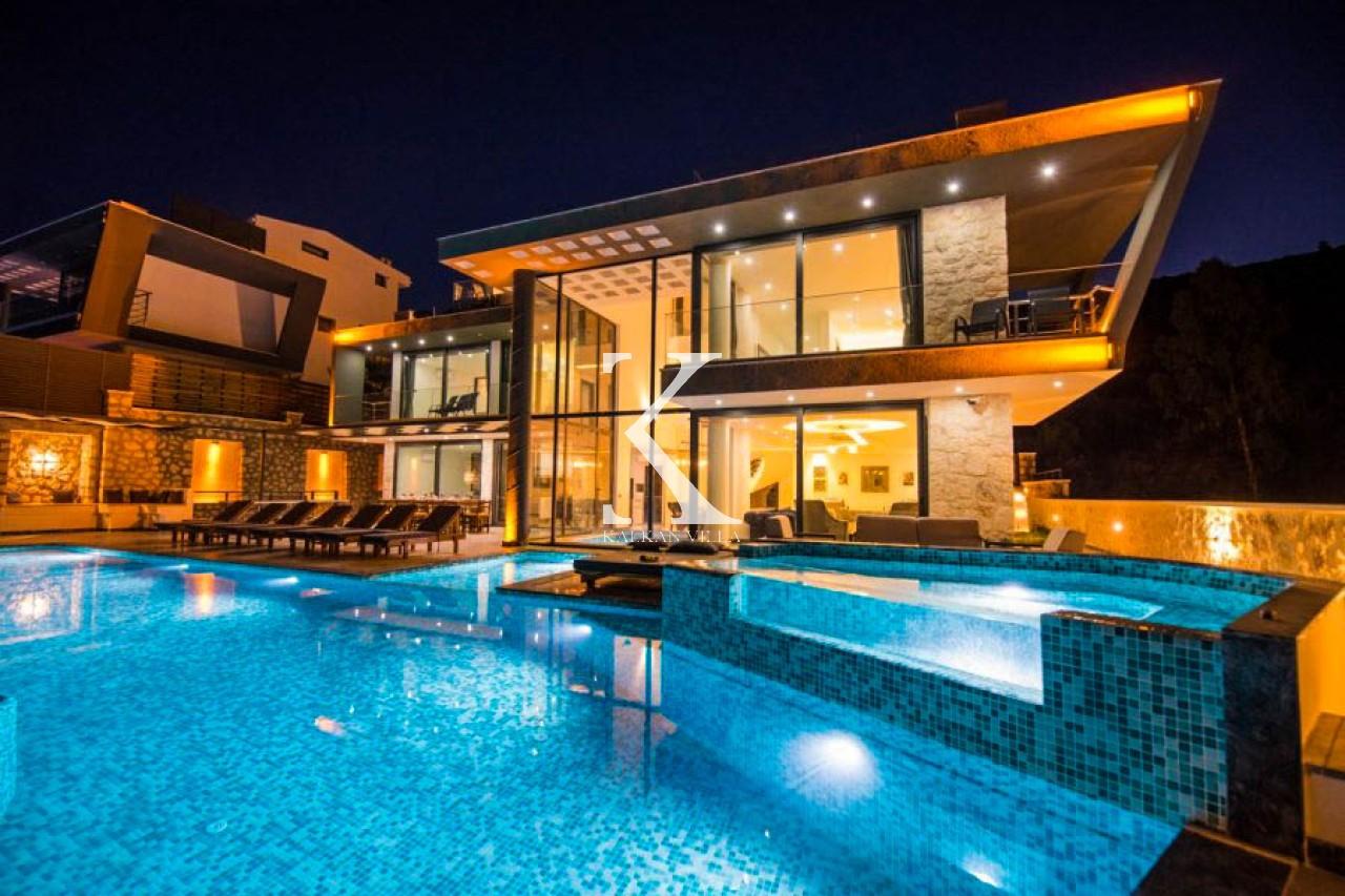 Villa Unlimited Extra