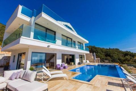 Villa Marvellous