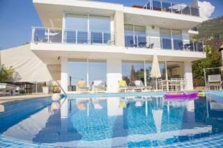 Villa Nergis, sichtgeschützte VIlla für 8 Personen | Kalkan Villa