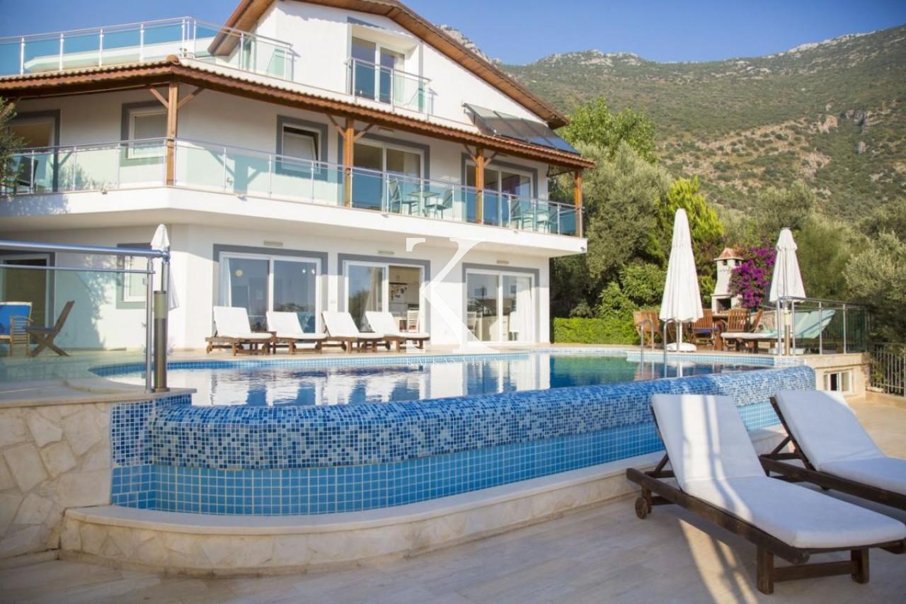 Villa Nisroc