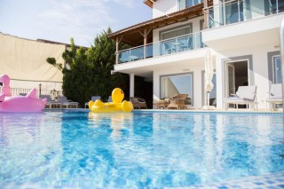 Villa Alkıni Deniz Manzaralı,10 Kişilik Villa | Kalkan Villa