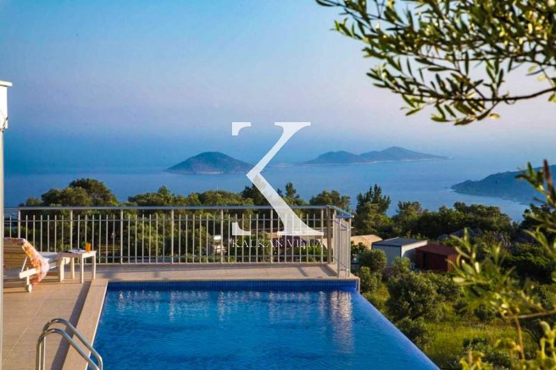 Villa Infinity