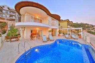 Villa Linda, Kaş'da 4 yatak odalı Lüks Villa | Kalkan Villa