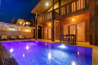 Villa Fulya Deniz Manzaralı Korunaklı 4 kişilik Villa