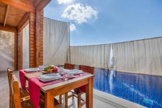 Villa Mimoza, Kalkan'da 4 kişilik Muhafazakar Lüks Villa