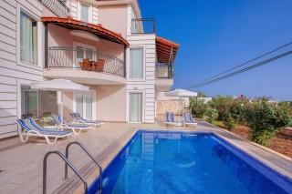 Villa Akay, 4 Bedroom Villa For Rent near Kalkan Center