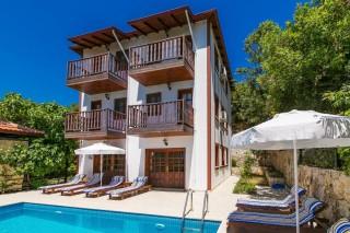 Villa Degirmen Duo is 8 km from Kalkan Center with 4 rooms