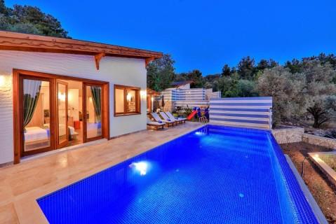 Villa Özgü Duo