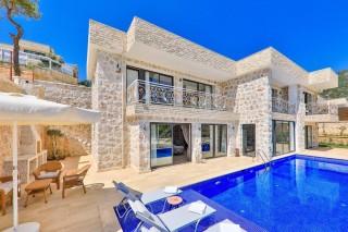 Villa Narin 5 İslamlar bölgesinde bulunan 3 yatak odalı villa.